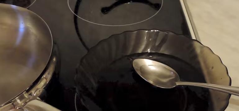 Спекти оладки на кефірі