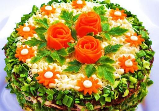 Салат торт печеночный