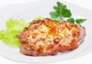 Мясо по-французски в духовке из свинины: Запекаем сочное и вкусное мясо