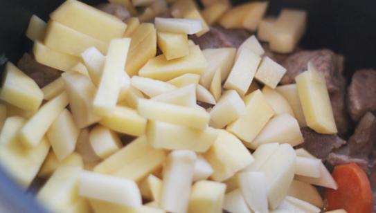 ПП щи: диетический рецепт, из свежей и квашенной капусты, низкокалорийные