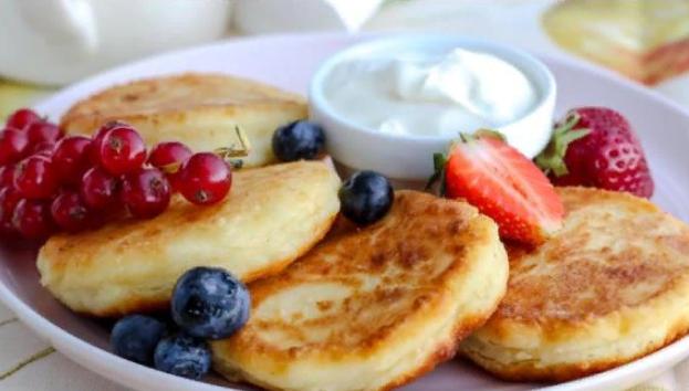 Сырники из творога — 6 вкусных рецептов на сковороде