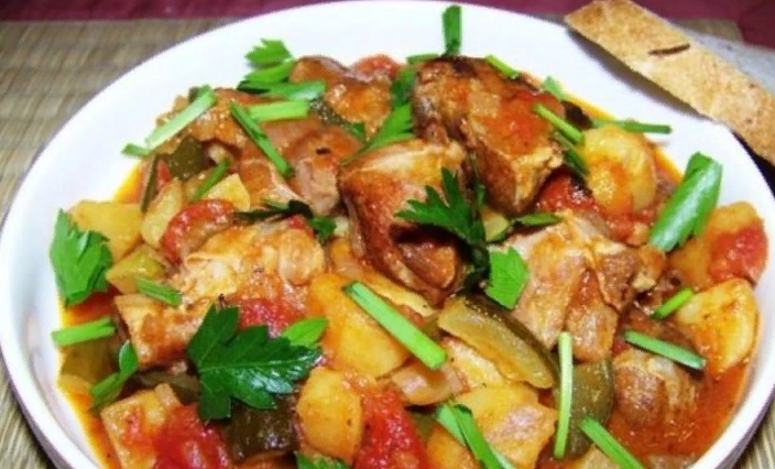 Азу по-татарски с солеными огурцами — Топ 5 рецептов