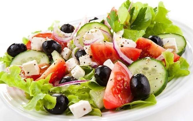 Салат греческий — 5 классических рецептов домашнего приготовления