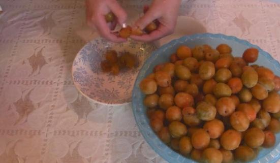 Компот из слив и апельсинов - рецепт пошаговый с фото