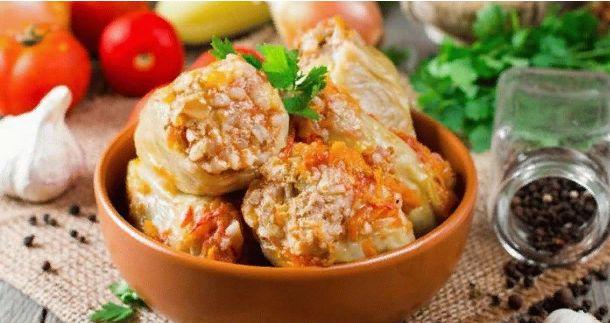 Перец фаршированный мясом и рисом — Рецепт приготовления в духовке